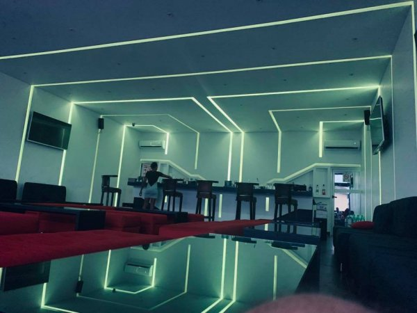 Terminal A - Bar, lounge
